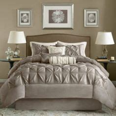 sleigh bed comforter set 1000 images about bedding ideas for my sleigh bed on