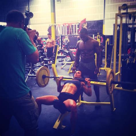 smith machine bench press throw 201 best images about bench press on pinterest