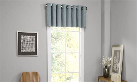 valances for living room windows 6 window valance styles that look great in any living room