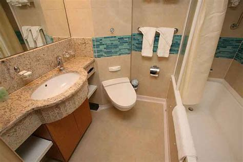 Junior Suite Review on the Oasis of the Seas and Allure of