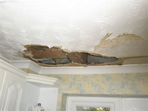 Plastering Artex Ceiling by Repair Ceiling 4x11ft Replace Coving And Artex Ceiling