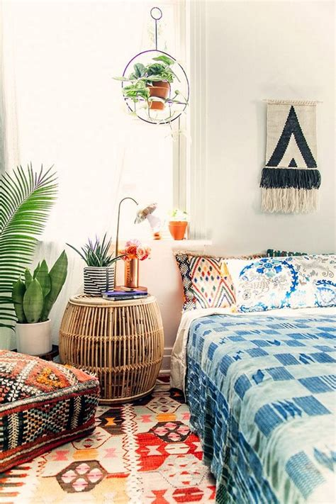 bohemian themed room best 25 bohemian style bedding ideas on bohemian style bedrooms bohemian decor and