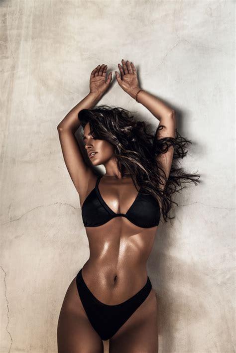 labels  love nicole  naked wardrobe modeliste