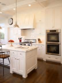 sherwin williams kitchen colors dover white sherwin williams 2017 grasscloth wallpaper