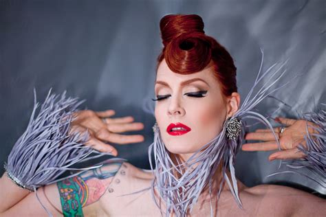 ana matronic of the scissor sisters wants to get her hands