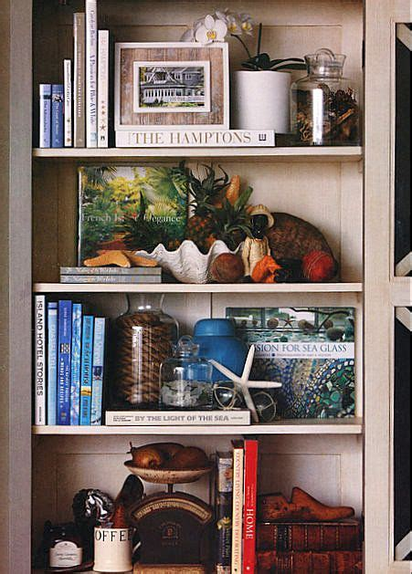 25 best ideas about arranging bookshelves on