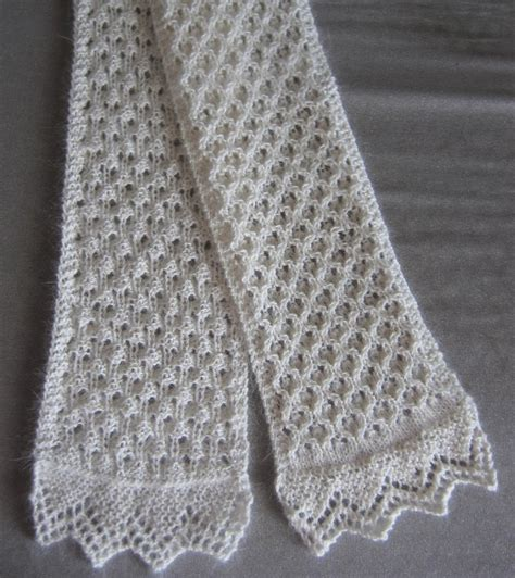 free knit scarf pattern knitting pattern central free scarves knitting pattern