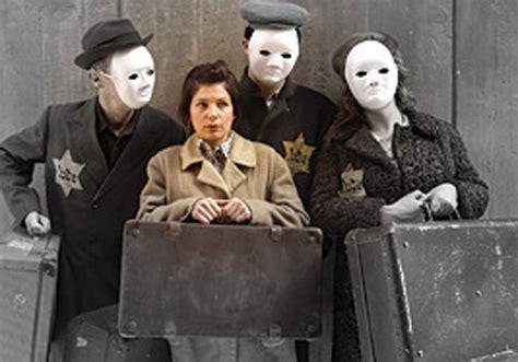 Martin Set Ori Hana a suitcase that talks arts culture jerusalem post