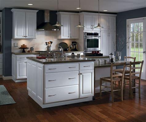 Kitchen Cabinetry Color & Finish Photos ? Homecrest