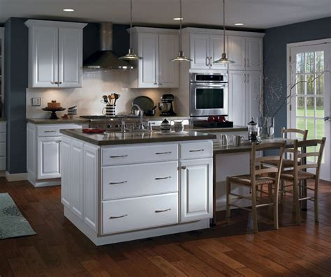 Kitchen Cabinetry Color & Finish Photos ? Homecrest