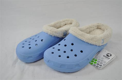 Comfortable Slipper Shoes Crocs Mammoth Light Blue Faux Fur Lined Slipper Style Shoe