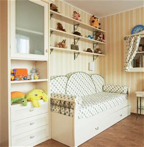 childrens bedroom wall shelves decorating with wall shelves