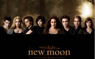 Twilight New Moon new moon twilight series wallpaper 7374706 fanpop