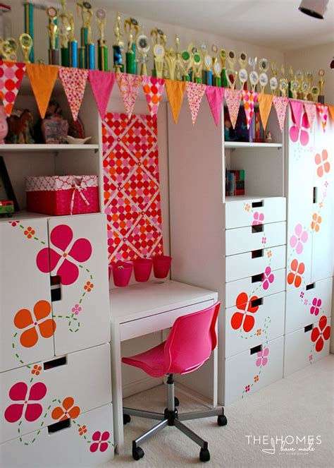 Easy Removable Wallpaper by 30 Home Decor Projects You Can Make With A Cricut Explore