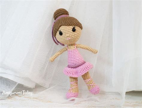 crochet doll 5 crochet dolls patterns that will be a wonderful gift for
