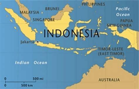 Berperang Demi Tuhan Amstrong clare progresses in post 1998 republic of indonesia