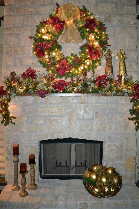 christmas mantle christmas decor pinterest
