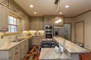 What To Do With Corner Kitchen Cabinets earth tone colors kitchen decorating homestylediary com