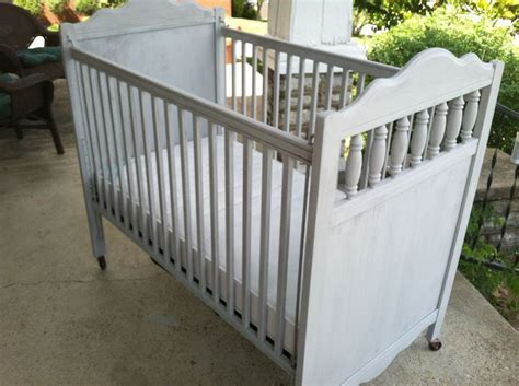 Crib Craigslist by Here S The Actual Crib For Quot Baby S Quot Nursery Crib