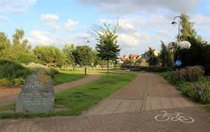 Garden Ely Jubilee Gardens Ely 169 Bob Embleton Cc By Sa 2 0