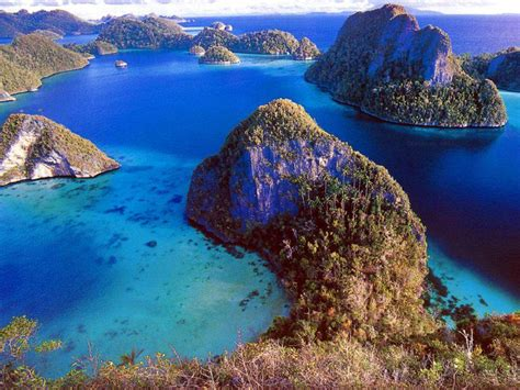 Nature Indonesia nature traditions and food travel