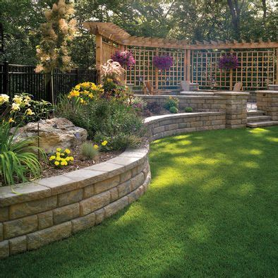 Sted Concrete Backyard Ideas by 25 Best Ideas About Backyard Privacy On Patio