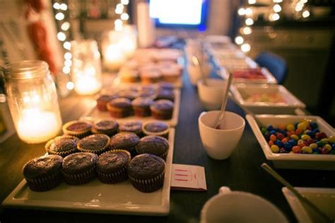 Cupcake Bar Toppings by Cupcake Bar Different Cupcakes And Different Flavors