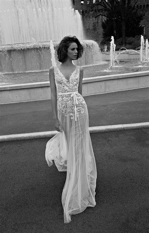 These new styles of wedding dresses are DIVINE   Her.ie