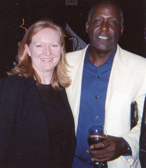 Carolyn Espley richard roundtree wiki wife divorce cancer and dead