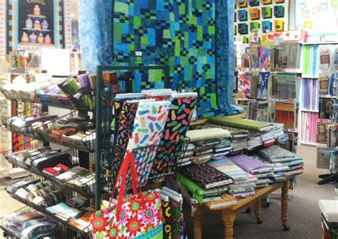 Quilt Shop Leclaire Iowa shop hop expressions in threads leclaire iowa quilt addicts anonymous