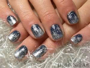 snowflakes 2 0 linda s nail art