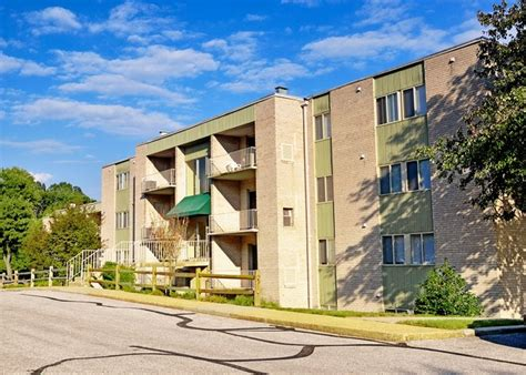 Appartments In Maryland by Oakview Apartments Rentals Mill Md Apartments