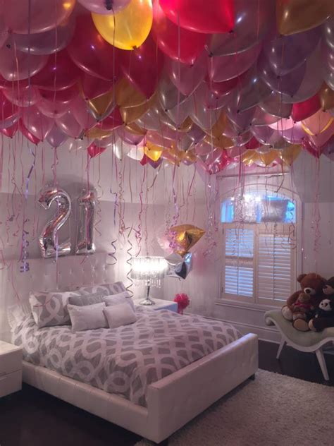 birthday room themes stephanie loves balloons so for her 21st birthday the