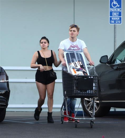 bed bath and beyond hollywood ariel winter at bed bath and beyond in los angeles