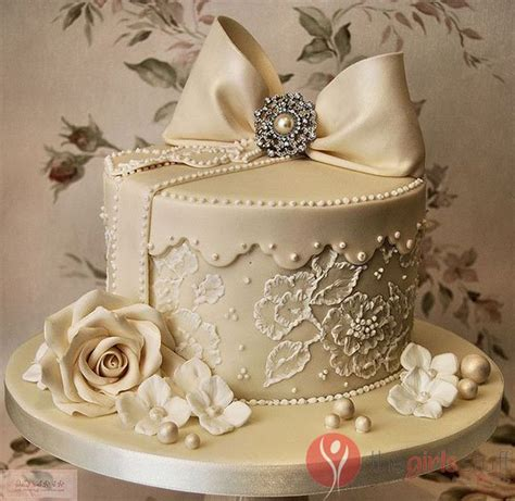 vintage wedding cake ideas bring golden memories to with vintage wedding cake