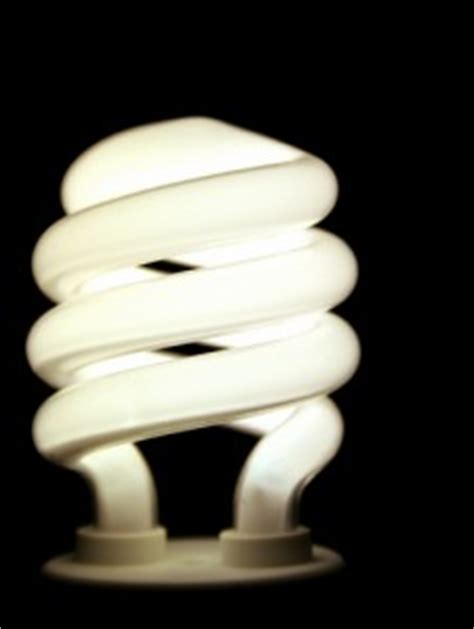 Who Invented The Fluorescent Light Bulb by Fluorescent Lighting Who Invented The Fluorescent Light