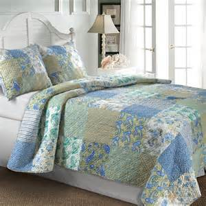 Colorful Quilts And Coverlets Quilts Are Classy And Fabulous Webnuggetz Com