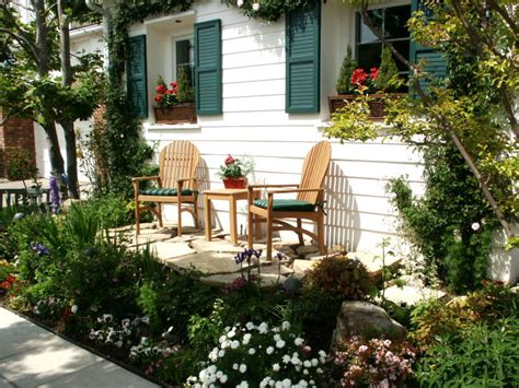 home outdoor decorating ideas ideas for a slope small yard landscaping ideas hgtv christmas