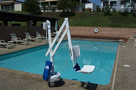 Pool Chair Lift by Guide To Swimming Pool Lifts Kayak Midwest Pools