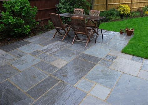 Kandla Grey Indian Sandstone Paving Free UK Delivery