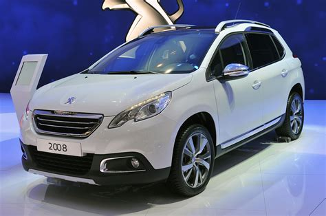 peugeot 2008 crossover the 2013 peugeot 2008 is a global crossover with