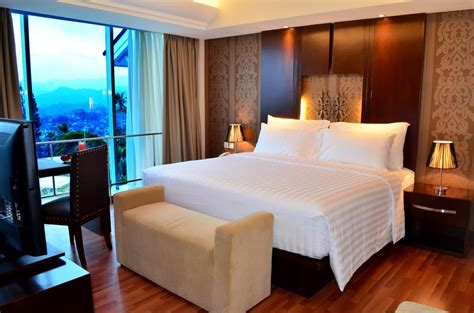 hotel favorit liburan romantis  lampung mulai rp
