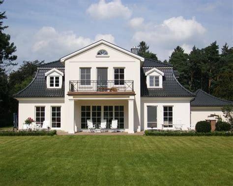 modernes haus und fassade ideen f 252 r die fassadengestaltung fassaden ideen hausbau details dach garagen fassade