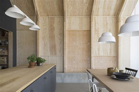 Kitchen of the Week: A Cost Conscious Kitchen in Sweden