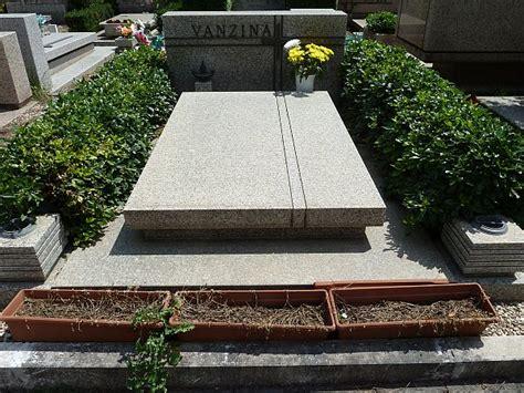 prima porta cimitero orari svanzina2 jpg