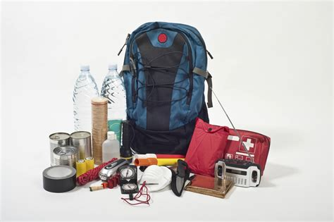 best 72 hour pack 2017 s best 72 hour kit checklist what to pack in a 72
