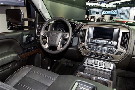 Hd Interior by 2017 Gmc Hd Info Specs Pics Wiki Gm Authority