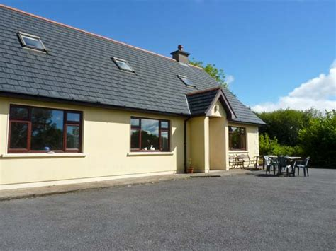 Cottages In Cork by Glengarriff And Garnish Island Lets