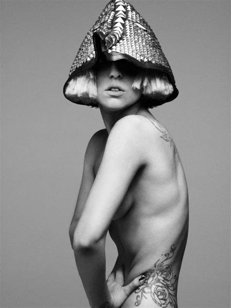 lady gaga nude shoot the fame monster photoshoot