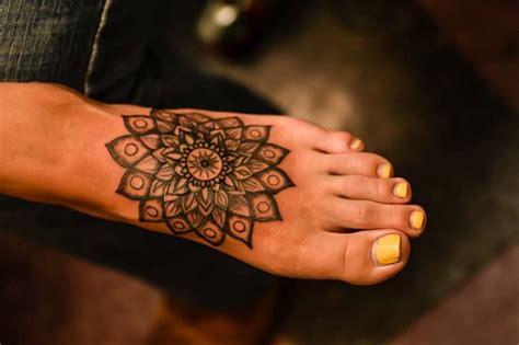 cool ankle tattoos ankle charm bracelet tattoos cool feminine designs
